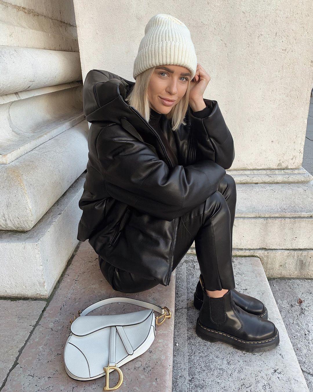synthetic leather jacket de Zara sur valentina.steinhart