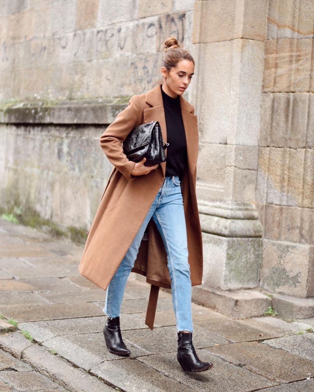 crossover breasted coat with belt de Zara sur mariatilve