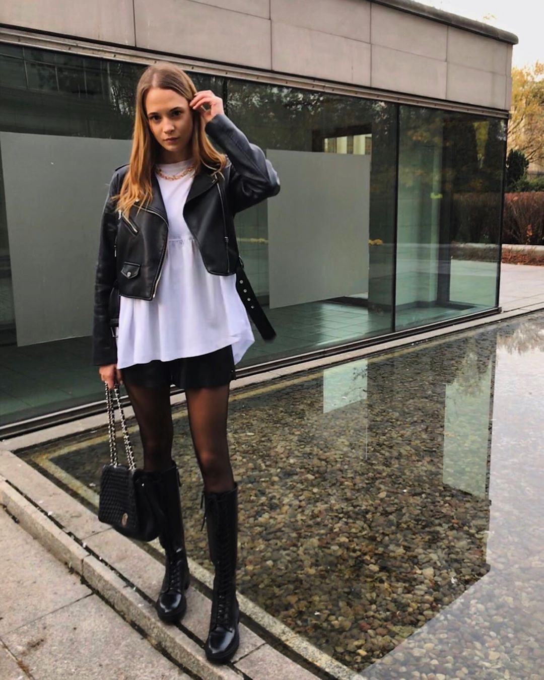 lace-up flat boots de Zara sur adaszymala