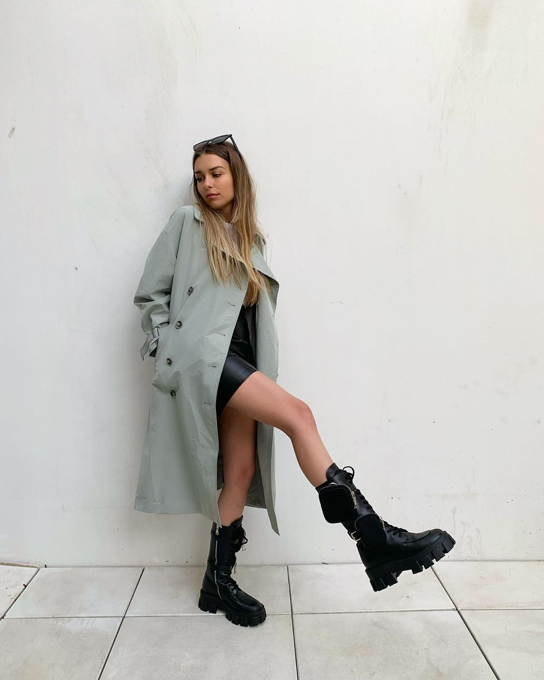 draped leather mini skirt de Zara sur florenceolette