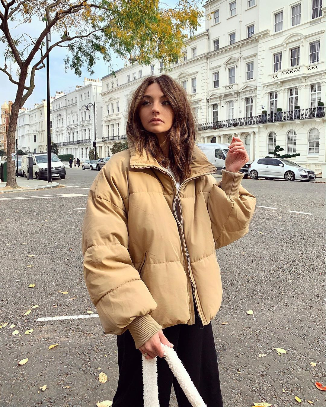oversize padded jacket de Zara sur chloehayward_