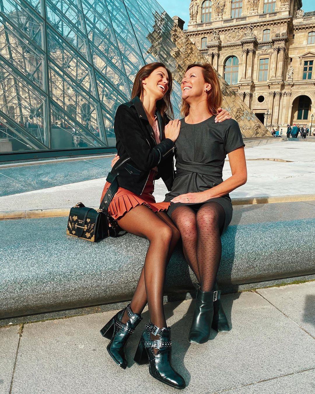 pleated synthetic leather mini skirt de Zara sur irismittenaeremf