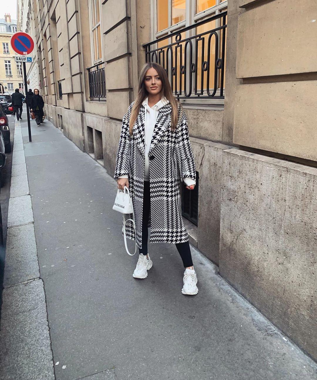 houndstooth print coat de Zara sur pauline_cassie