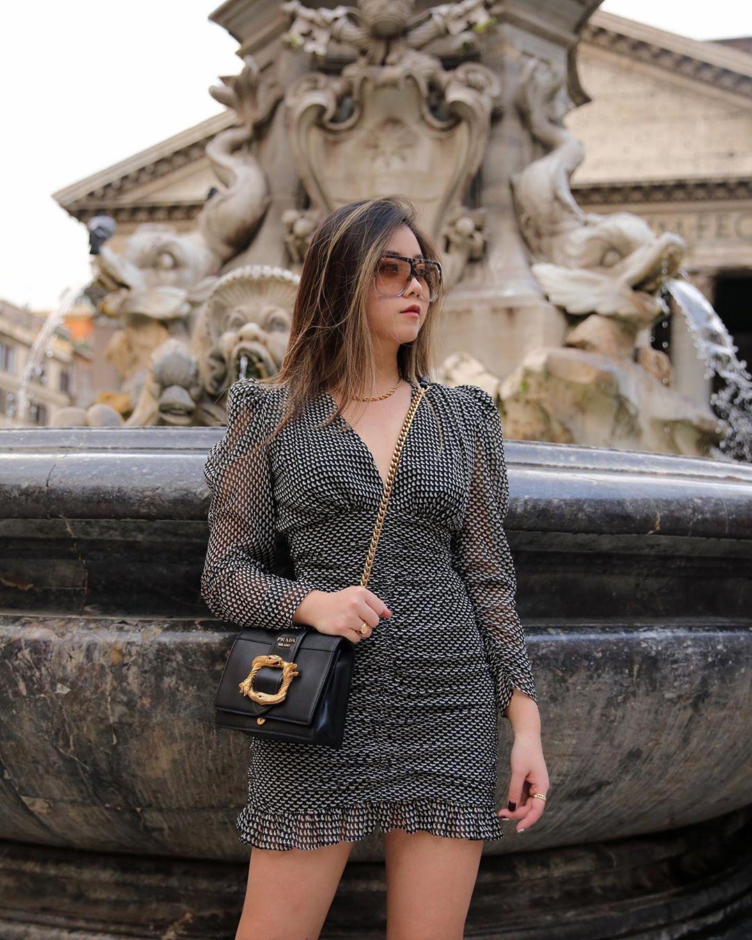 short draped dress de Zara sur chantal_li