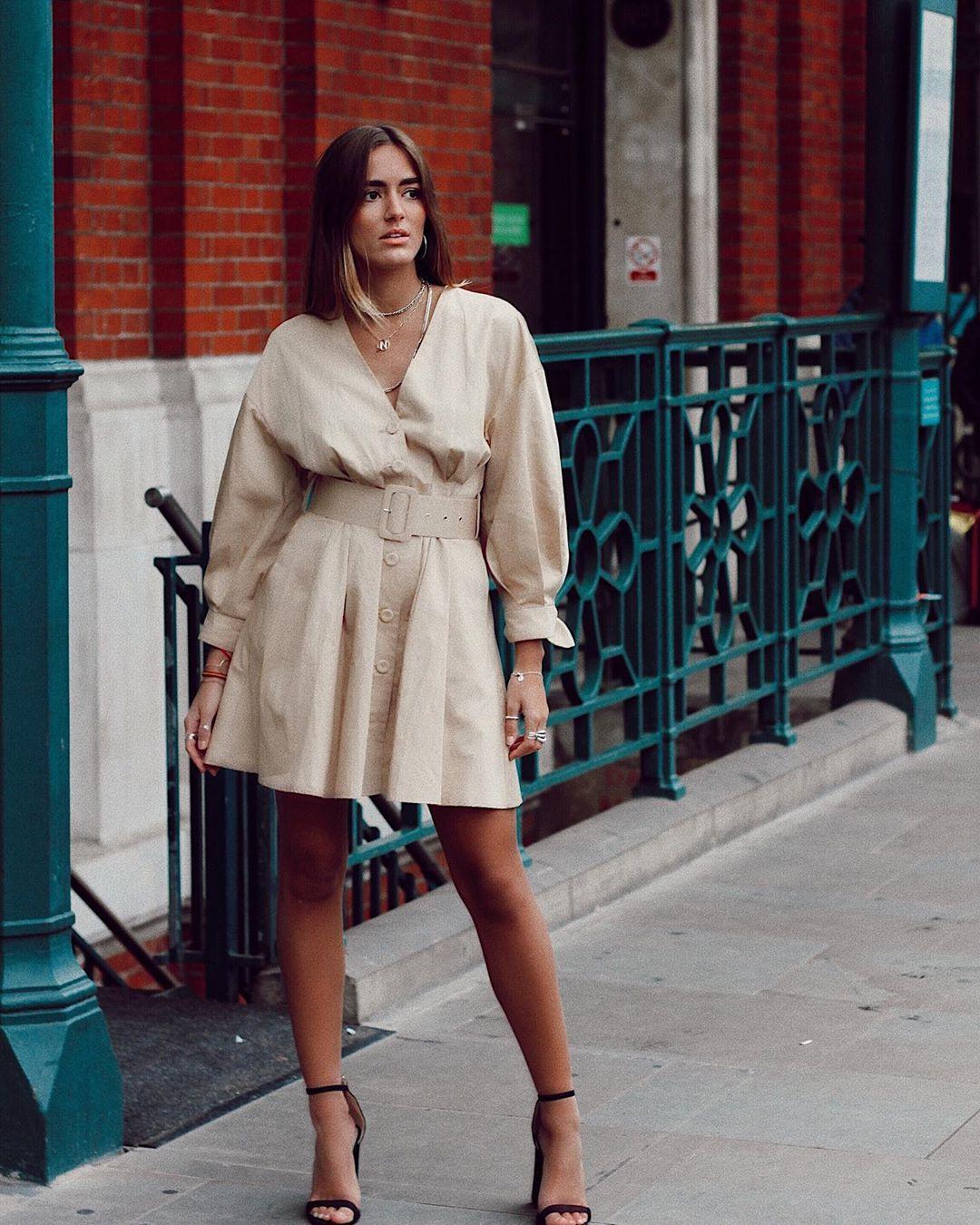 dress with belt de Zara sur natichualcantara