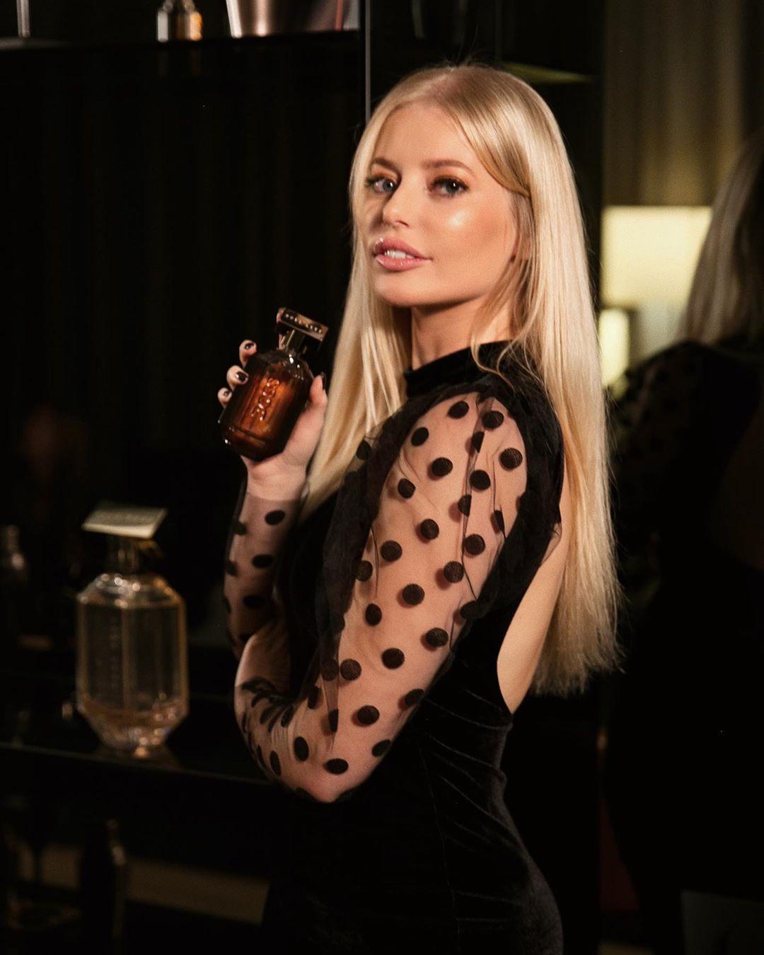 robe en velours et plumetis de Zara sur annabelpesant