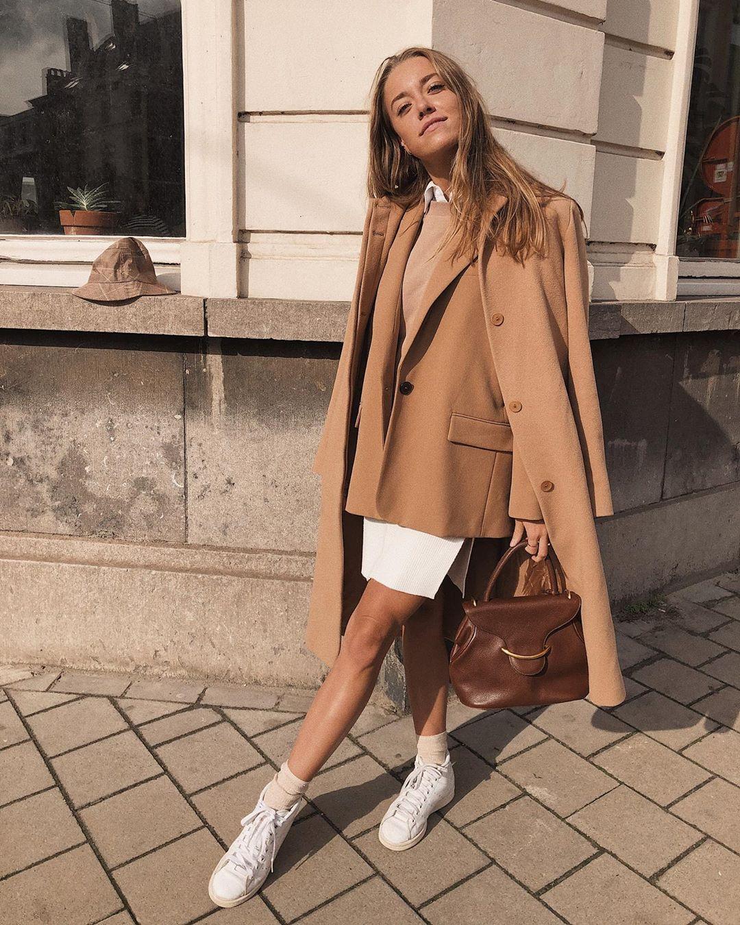 flare pants de Zara sur annabelle_moreels
