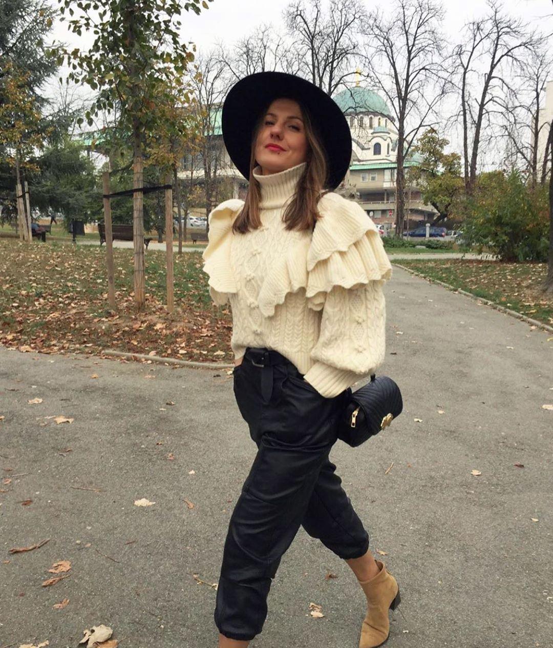 chapeau avec ruban de Zara sur zara.outfits