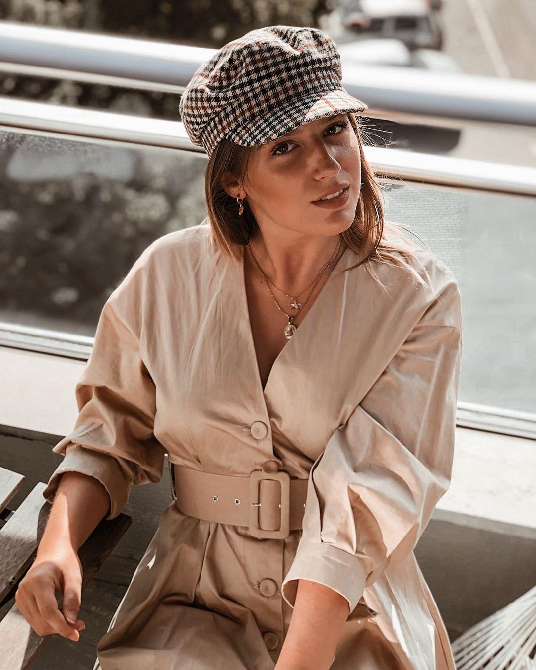 plaid sailor style cap de Zara sur larascarrasco