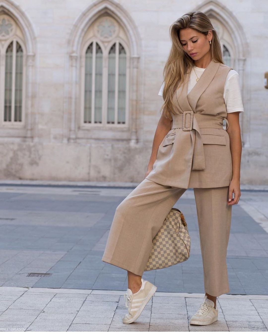gilet à ceinture de Zara sur zara.outfits