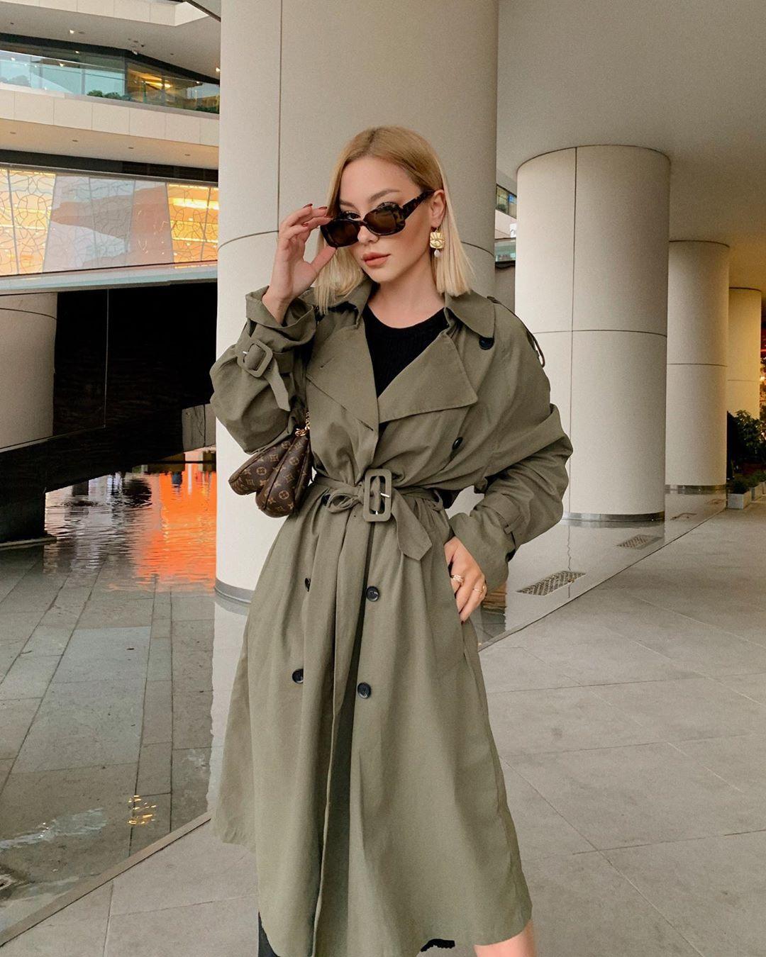 button crossover trench coat de Zara sur bsrdede