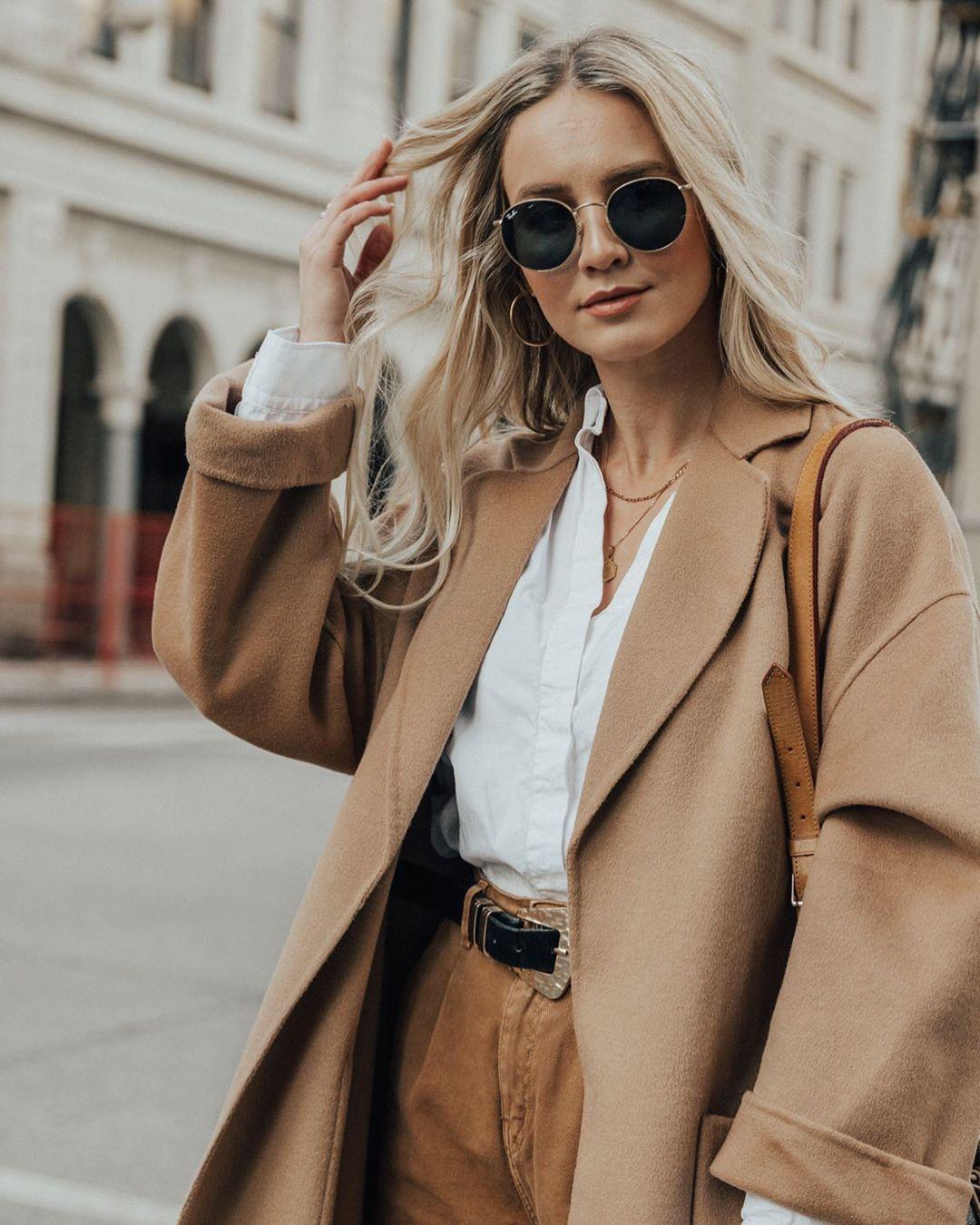 coat with patch pockets de Zara sur ohheyvivienne