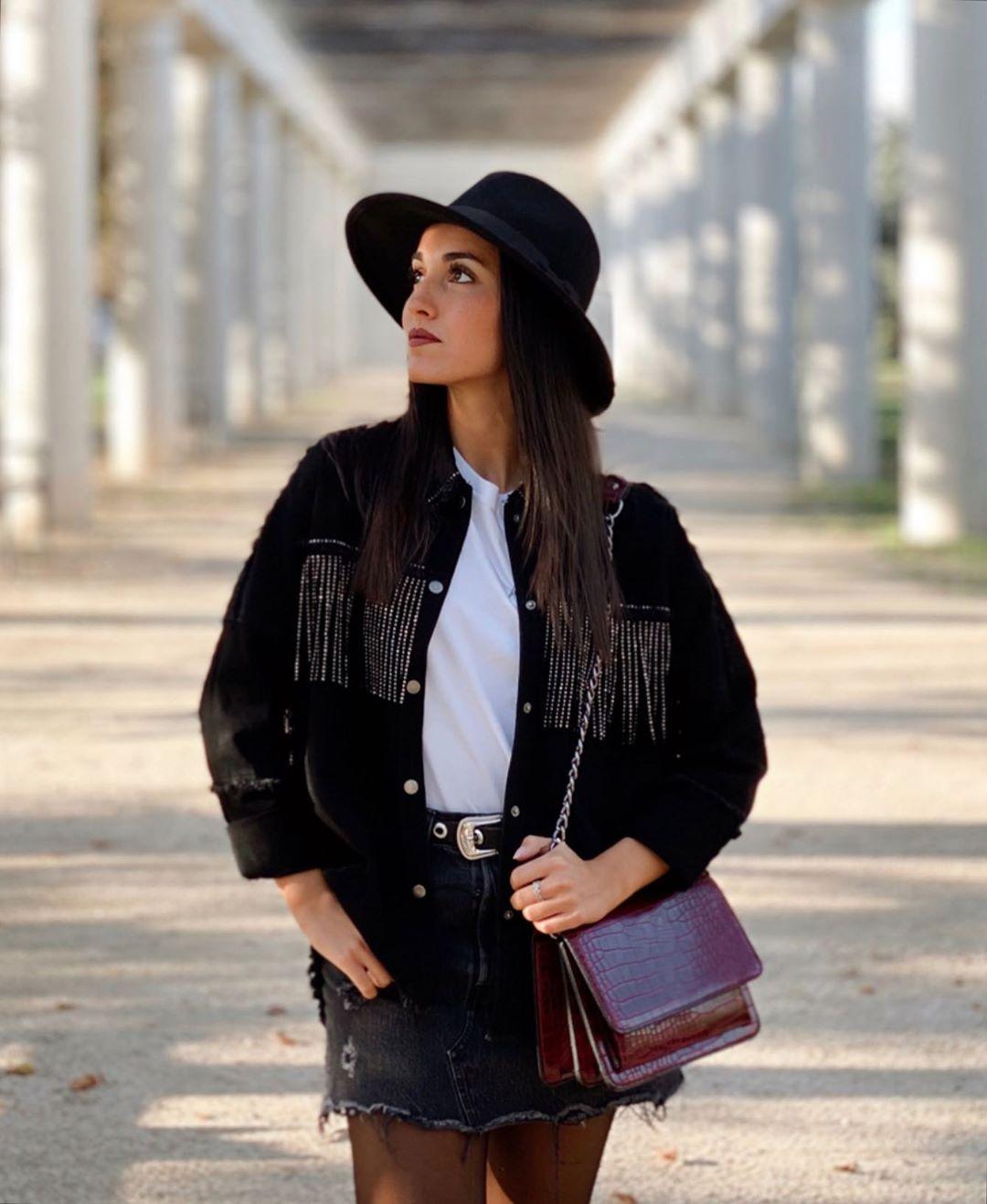 fringed jacket with shiny effect de Zara sur carlapg_