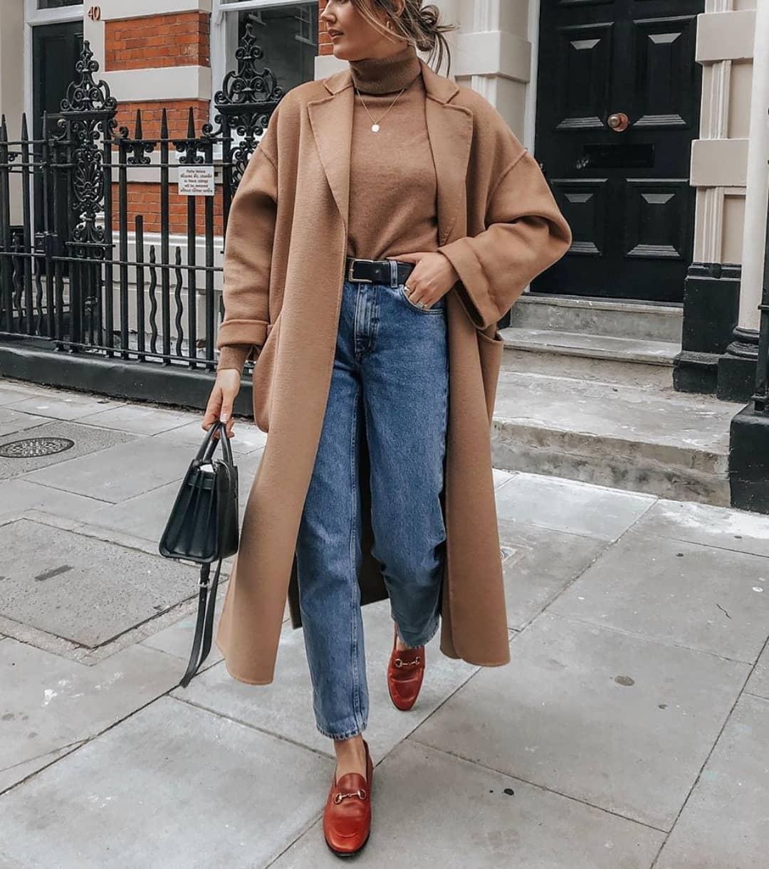 coat with patch pockets de Zara sur street_style_paris