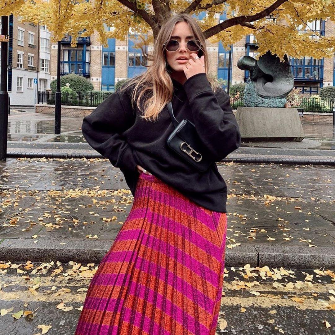 pleated skirt with metallic thread de Zara sur zaraaddiction