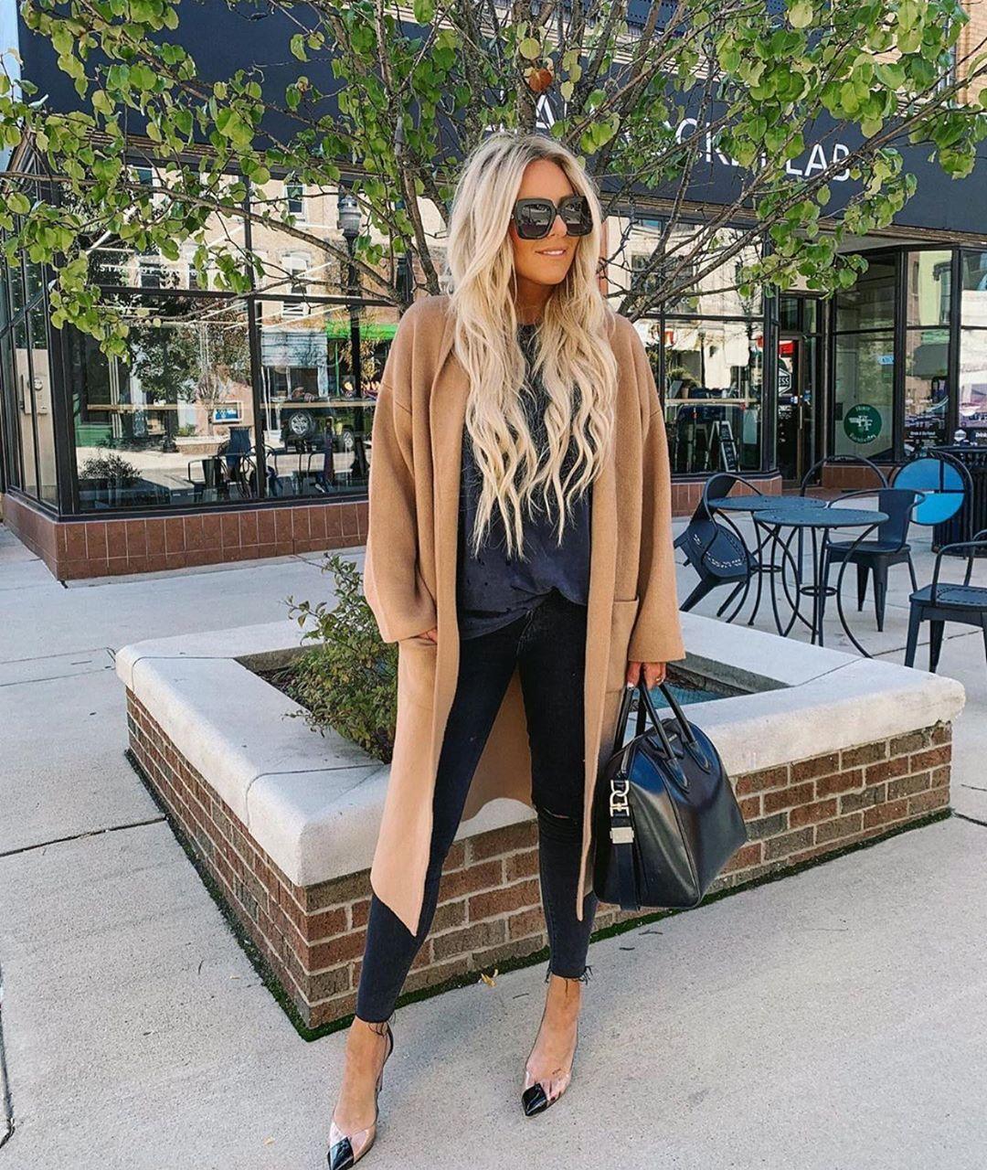 manteau avec poches plaquées de Zara sur zara_streets