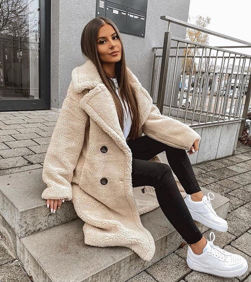 sheep-effect coat de Zara sur zara__streetstyle