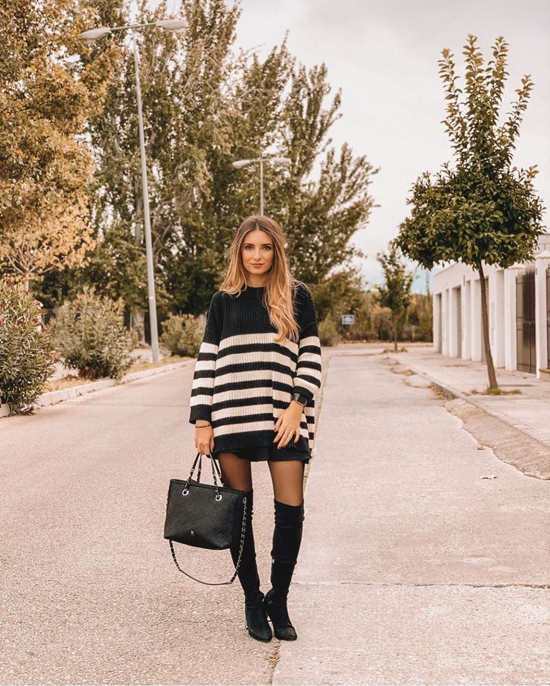pull oversize à rayures de Zara sur zara.outfits