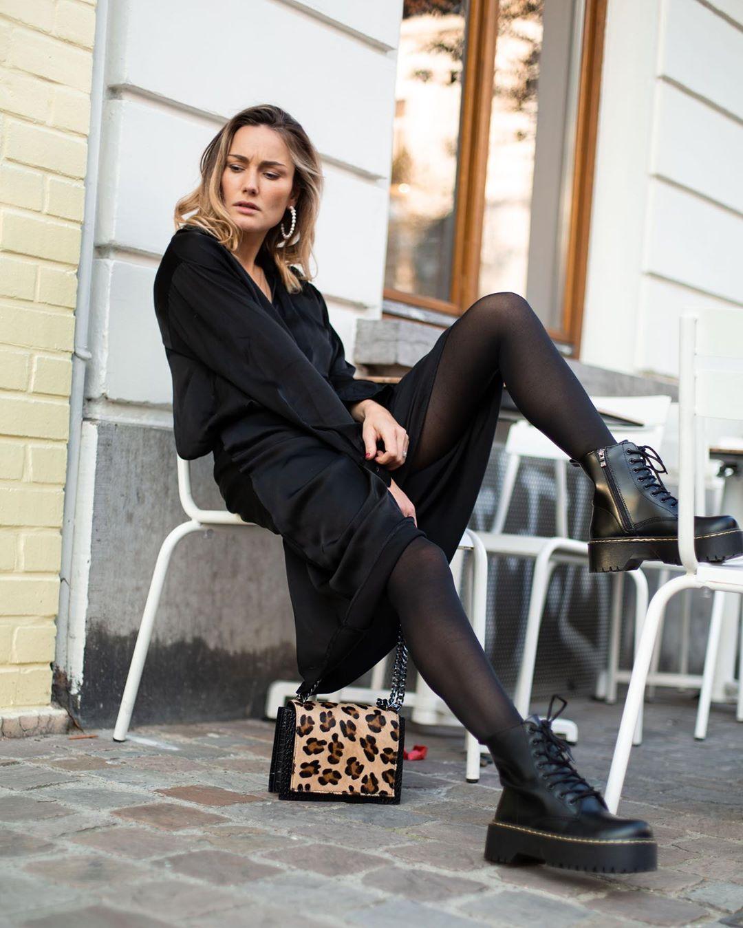 blouse noire anabelle de Les Bourgeoises sur lesbourgeoisesofficiel