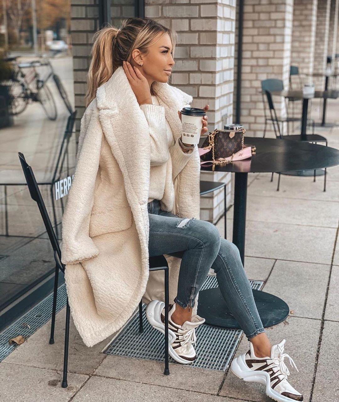 manteau effet mouton de Zara sur zara_streets