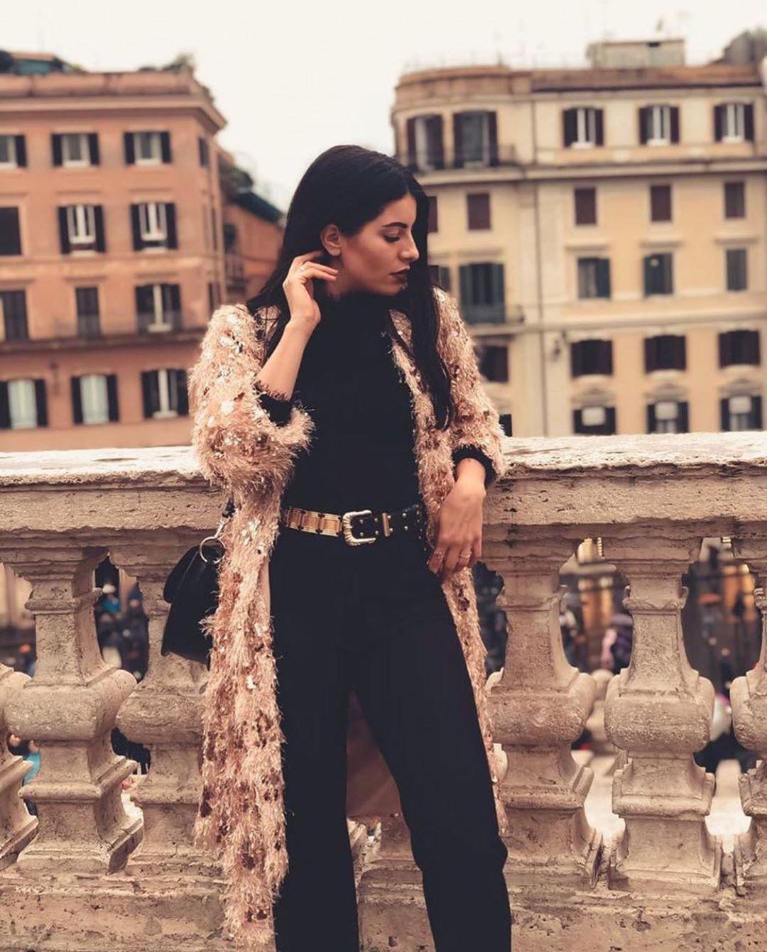 manteau fantaisie à paillettes de Zara sur zara.outfits