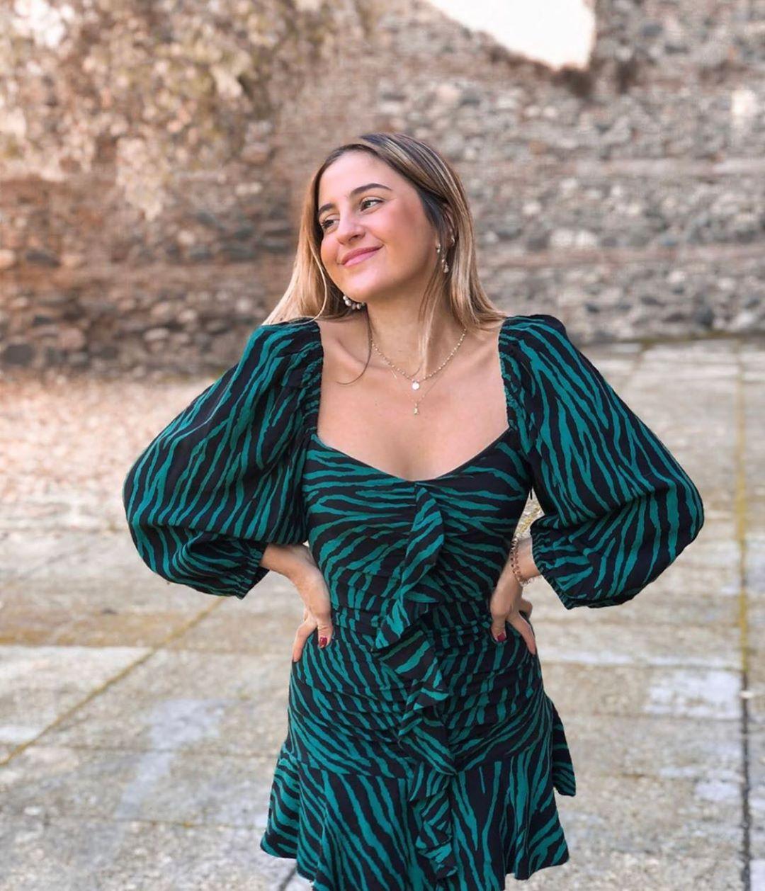 robe imprimée à volants de Zara sur zara.outfits