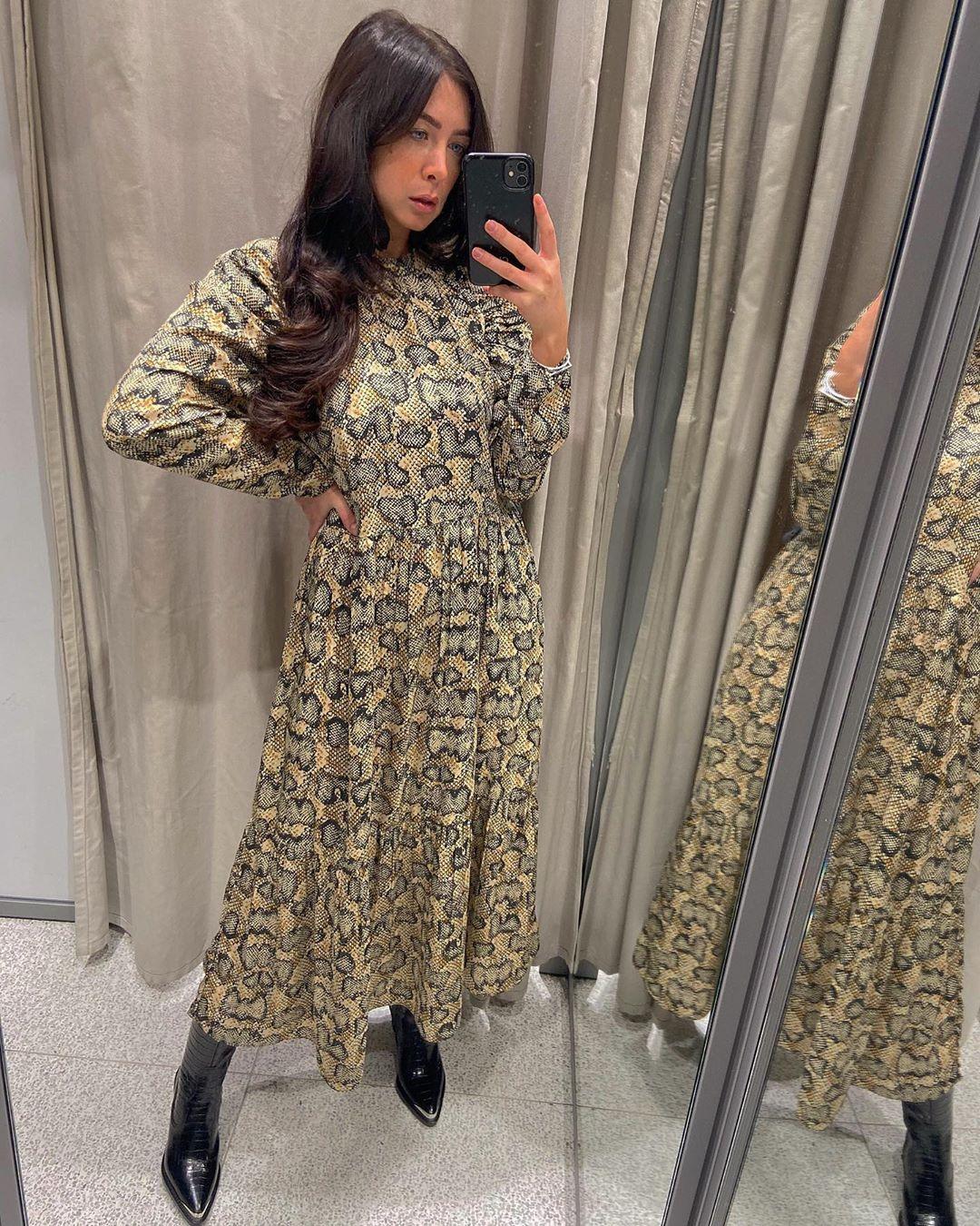 printed mid-length dress de Zara sur courtbyafeather