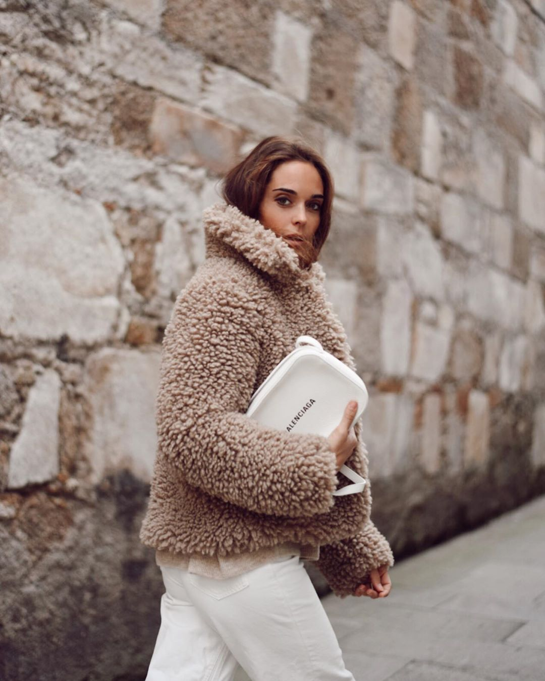 fur effect coat de Zara sur mariatilve