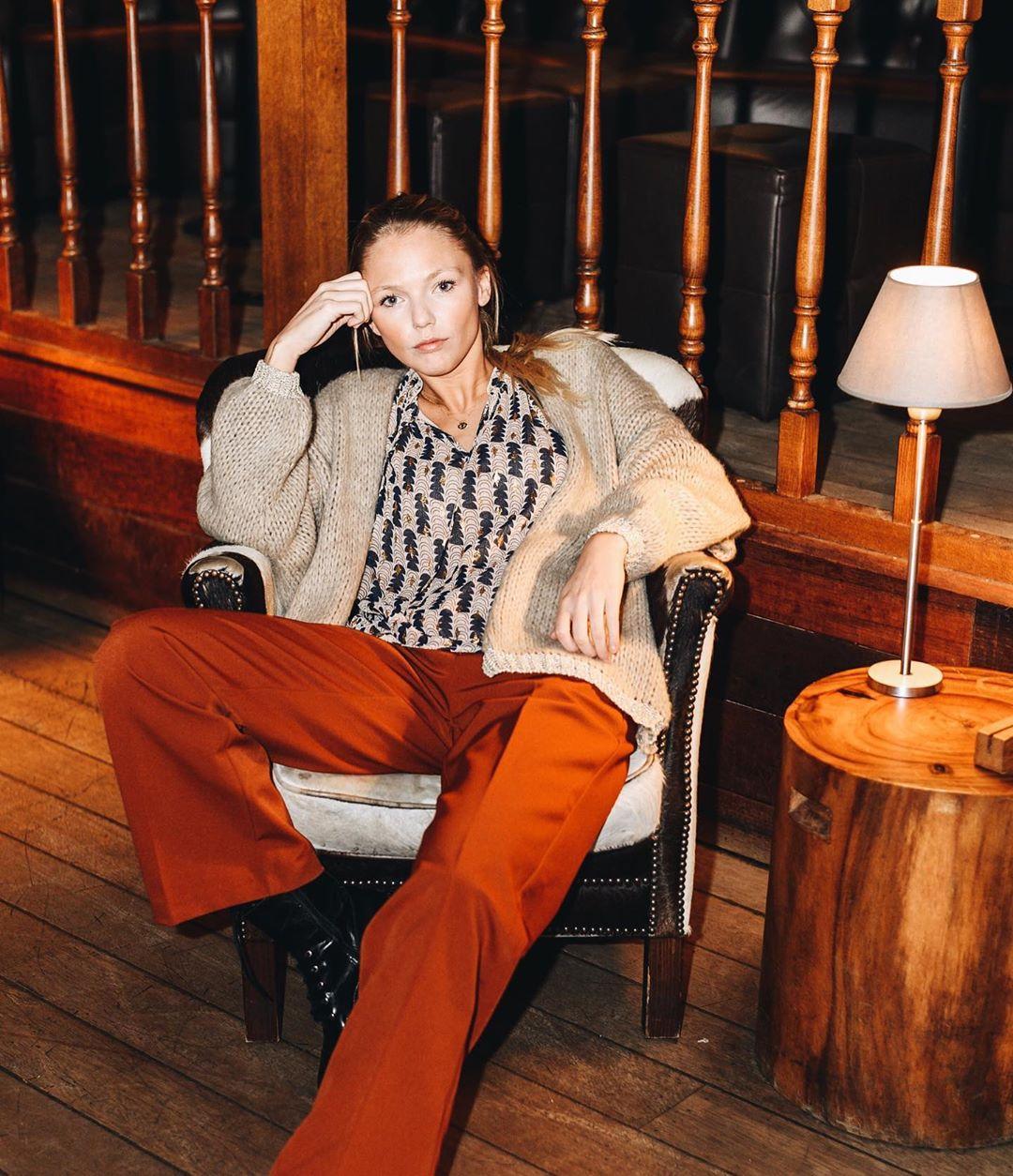 pantalon droit cognac de Les Bourgeoises sur lesbourgeoisesofficiel