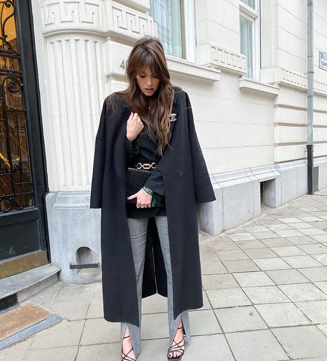 sandales à talons en cuir à bout carré de Zara sur alisontoby