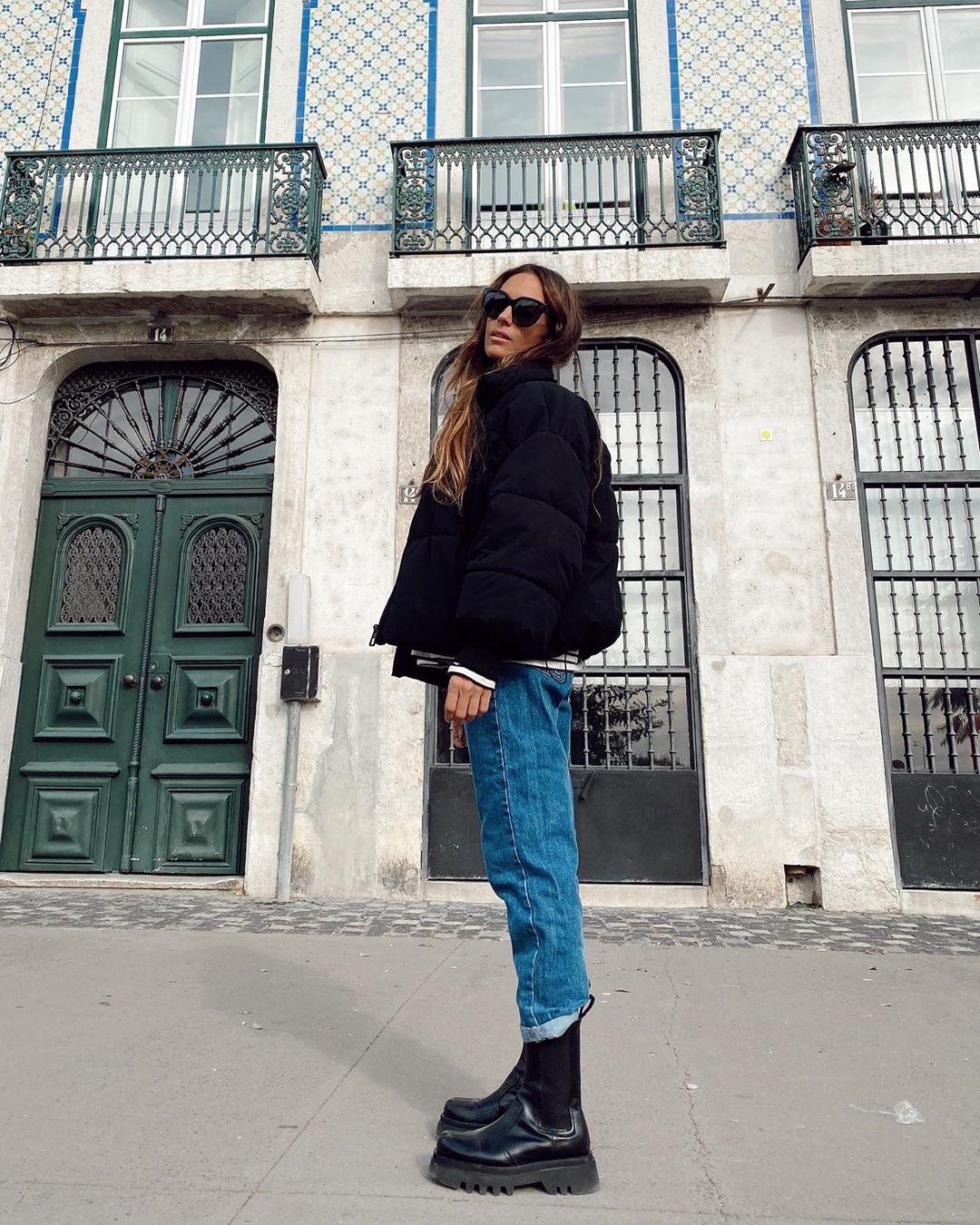 leather flat ankle boots and track sole de Zara sur mariatilve