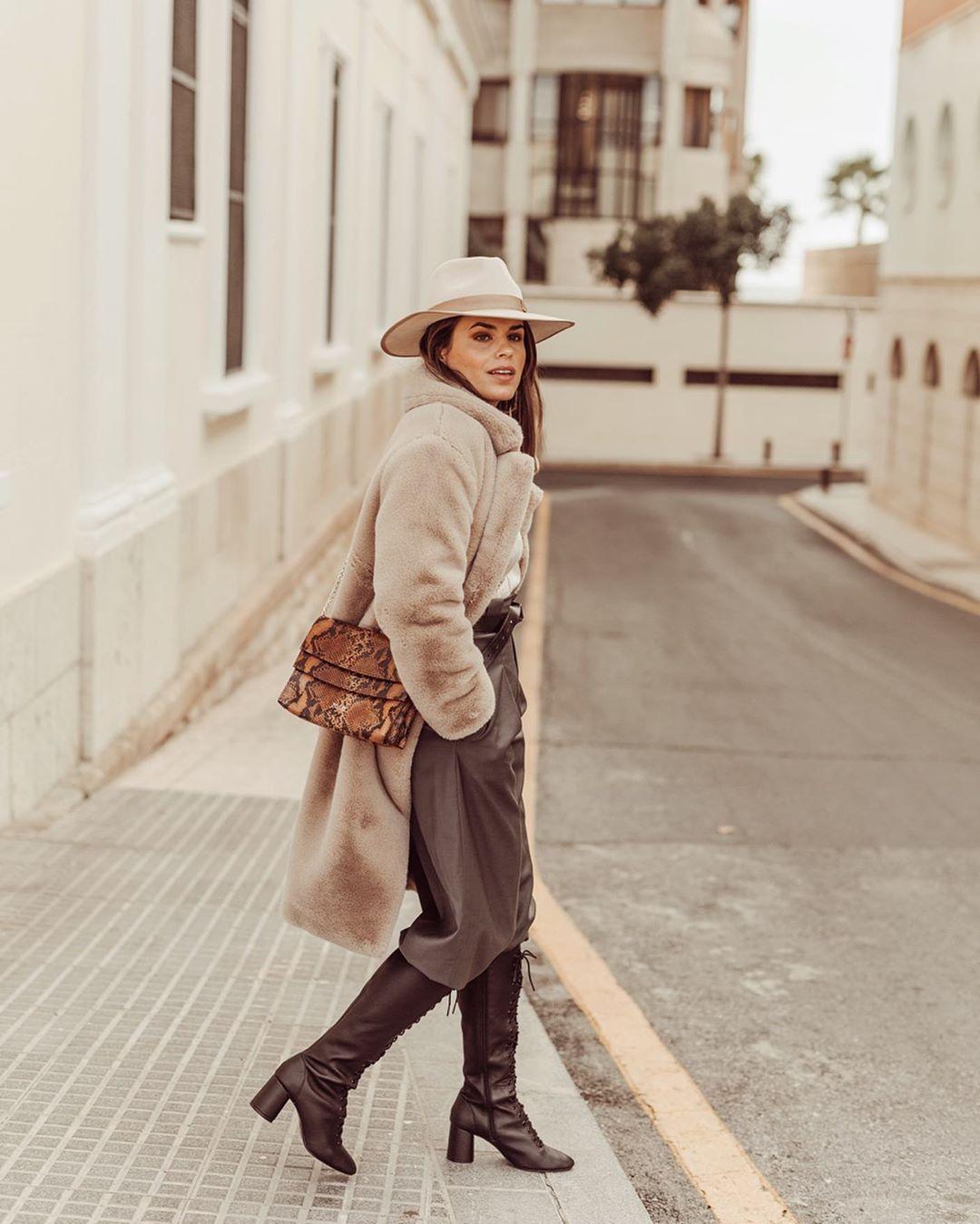 leather lace-up heel boot de Zara sur jessiekass