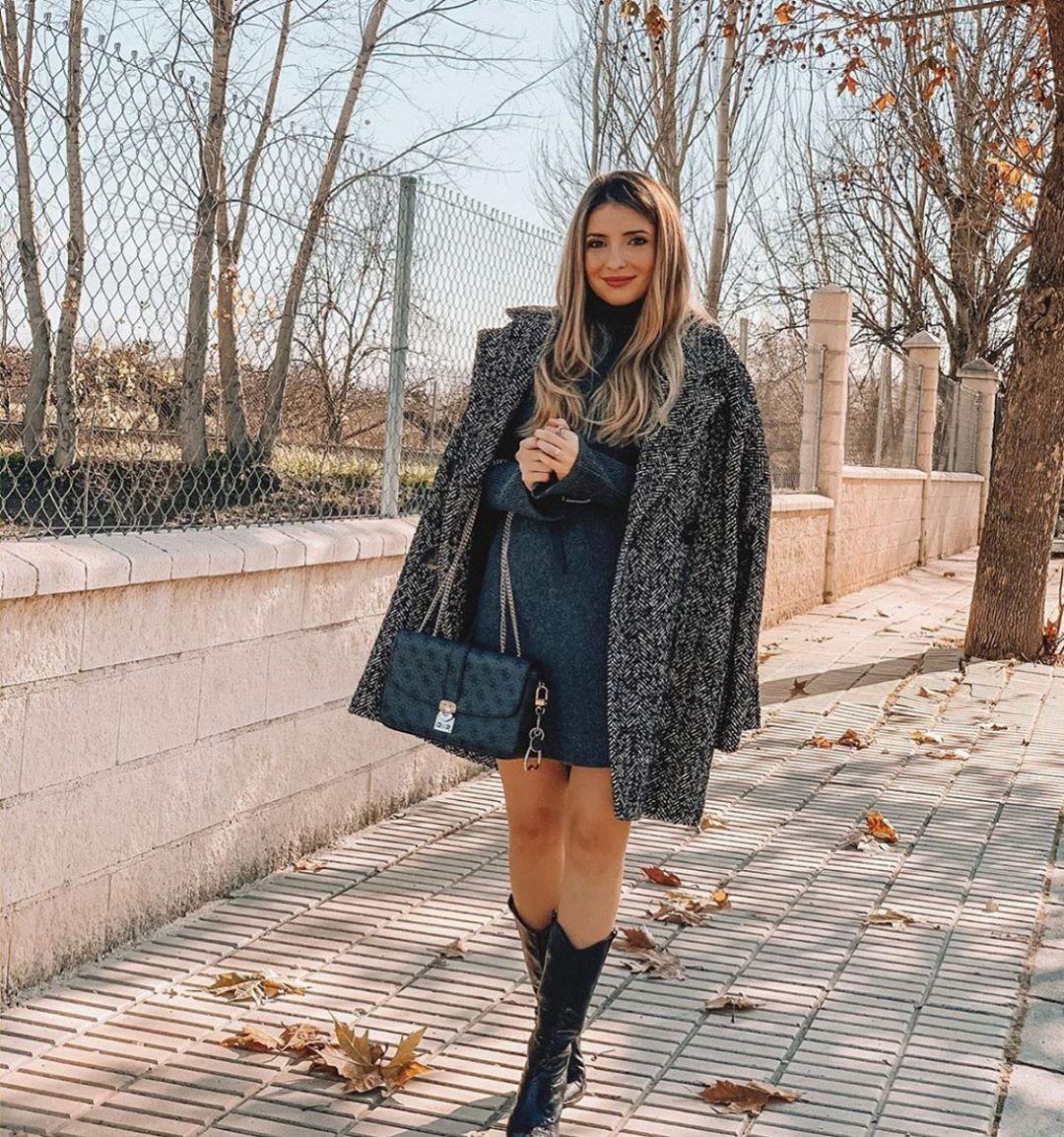 veste longue avec boutonnage croisé à chevrons de Zara sur zara.outfits