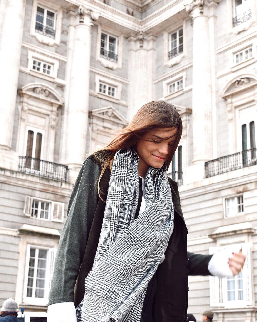 plaid scarf de Zara sur sandraandarias