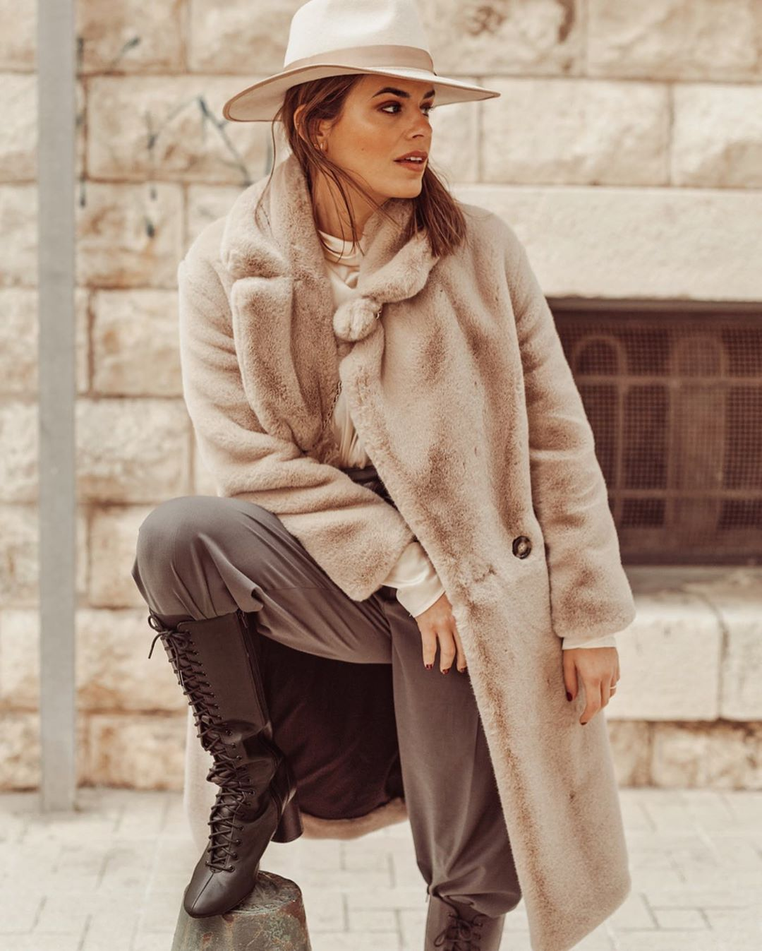 pant with clips de Zara sur jessiekass
