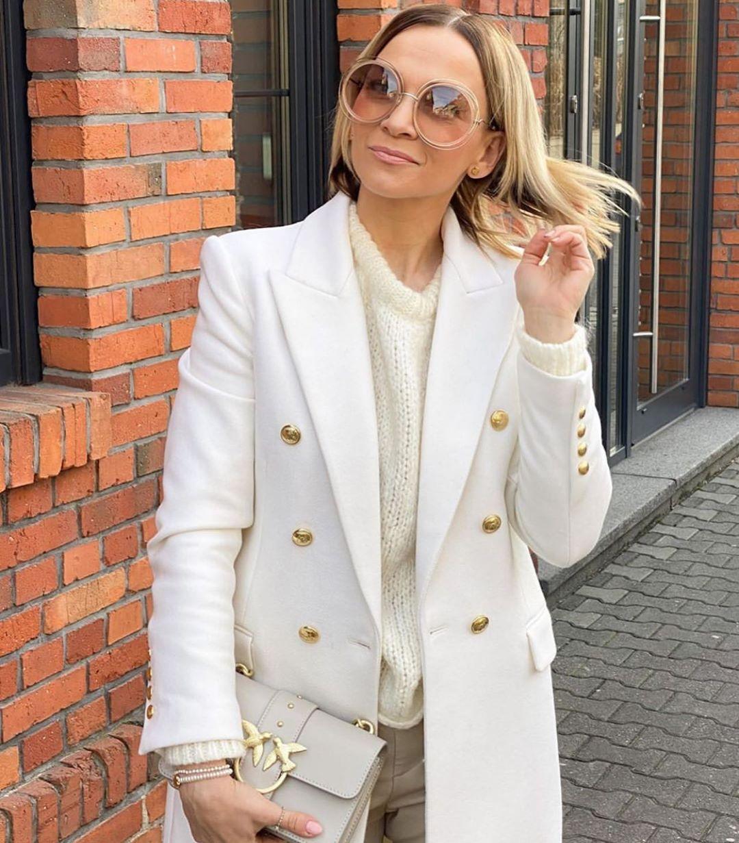 manteau avec laine à boutons de Zara sur zara.mania