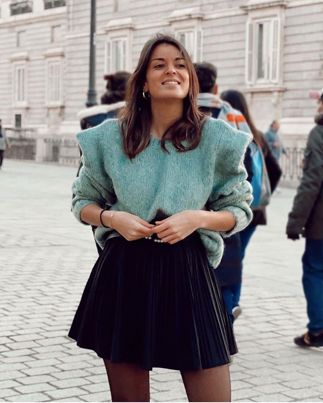 pull avec détail aux épaules de Zara sur zara.outfits