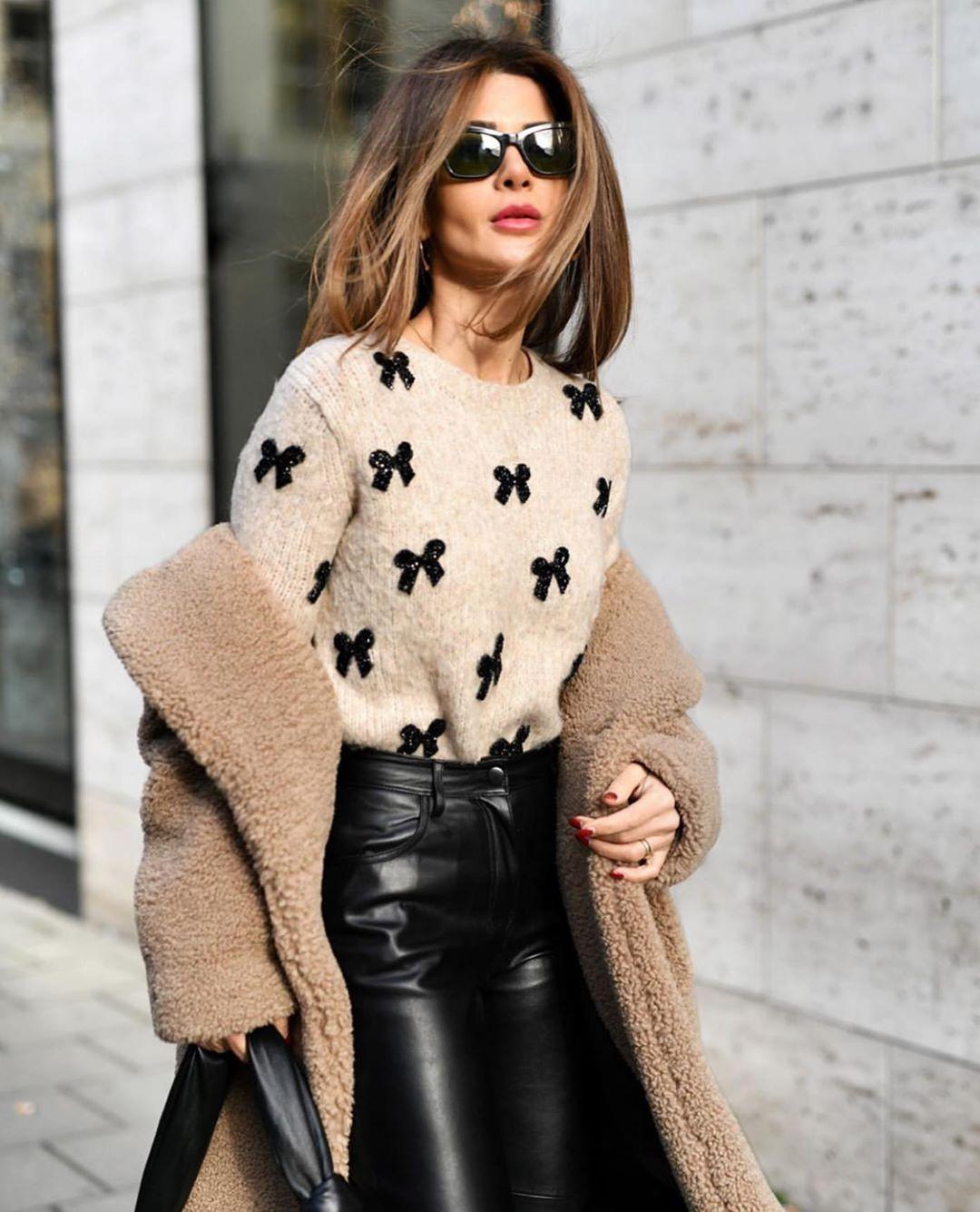 knitted sweater with bows de Zara sur zarastreetstyle