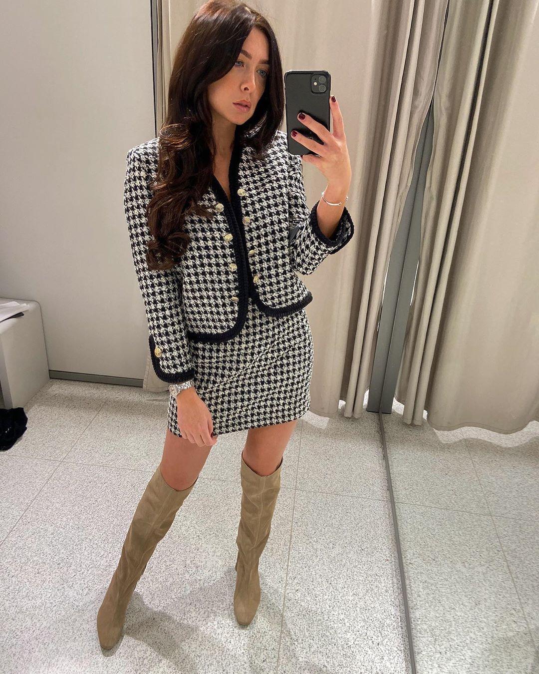 tweed mini skirt de Zara sur courtbyafeather