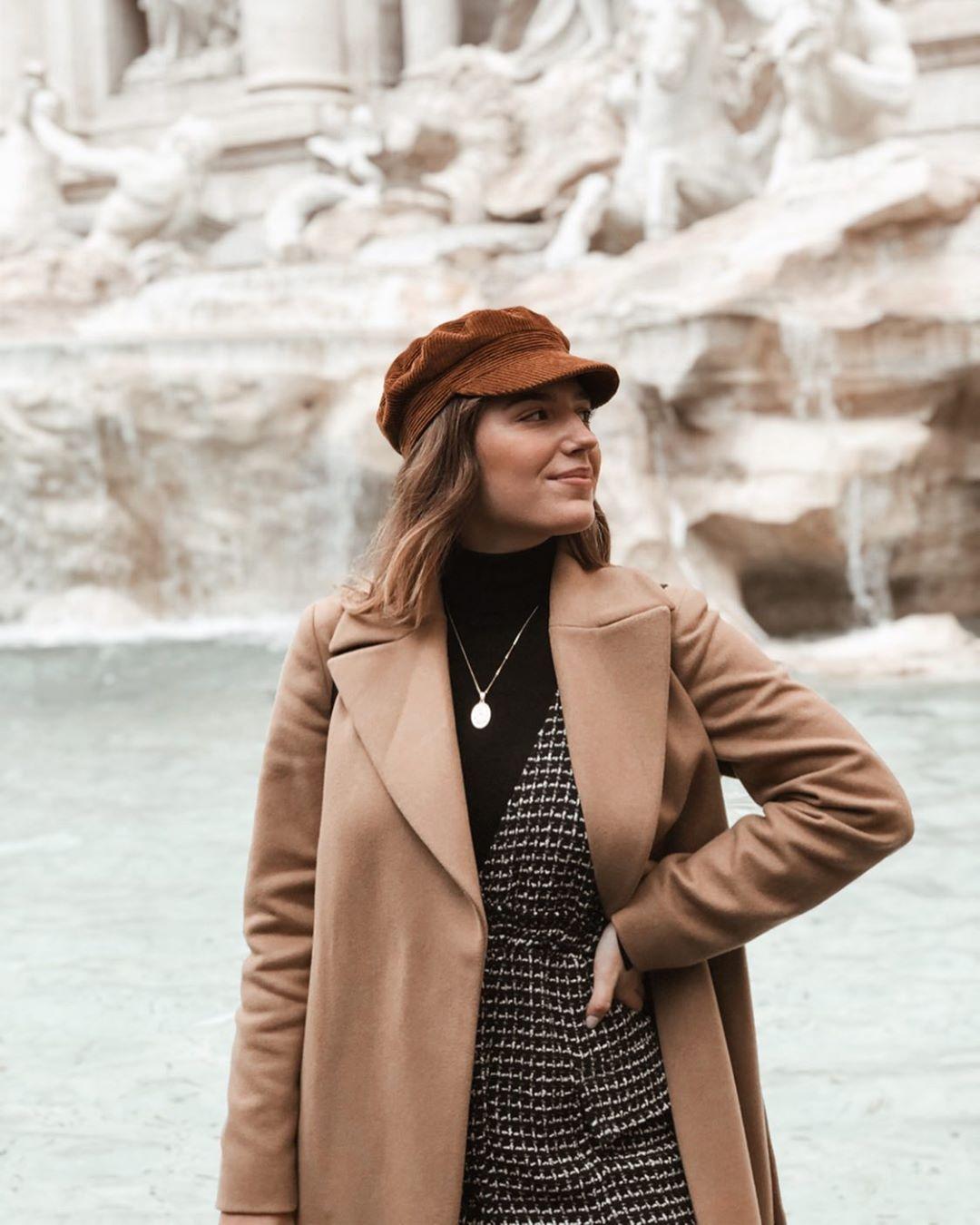 tweed bib overalls dress de Zara sur larascarrasco