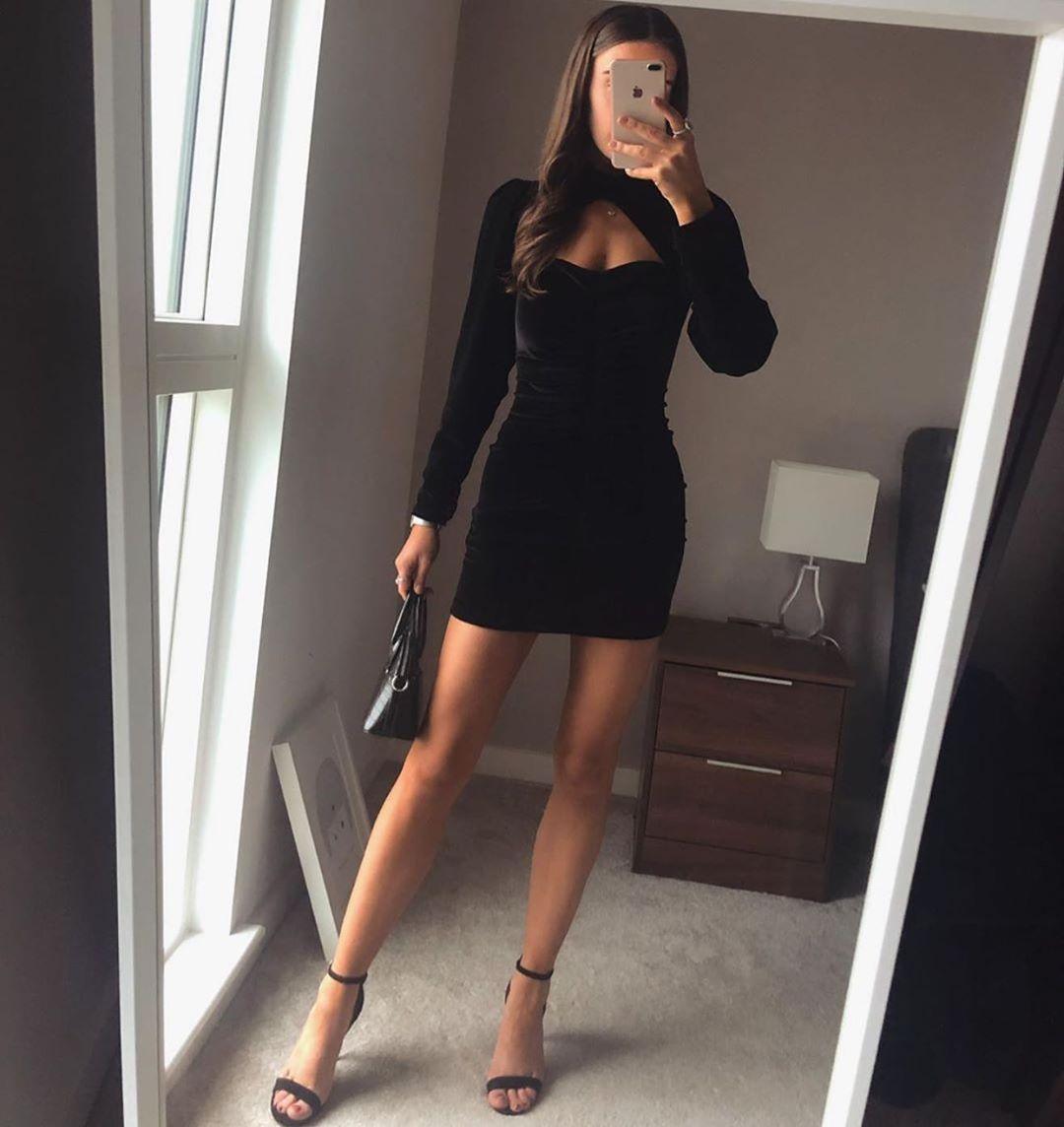 short velvet dress de Zara sur zaraaddiction