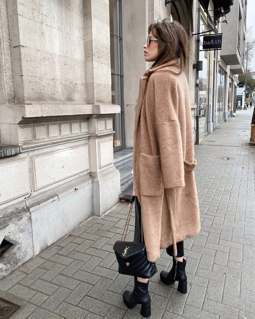 salopette en cuir synthétique de Zara sur alisontoby