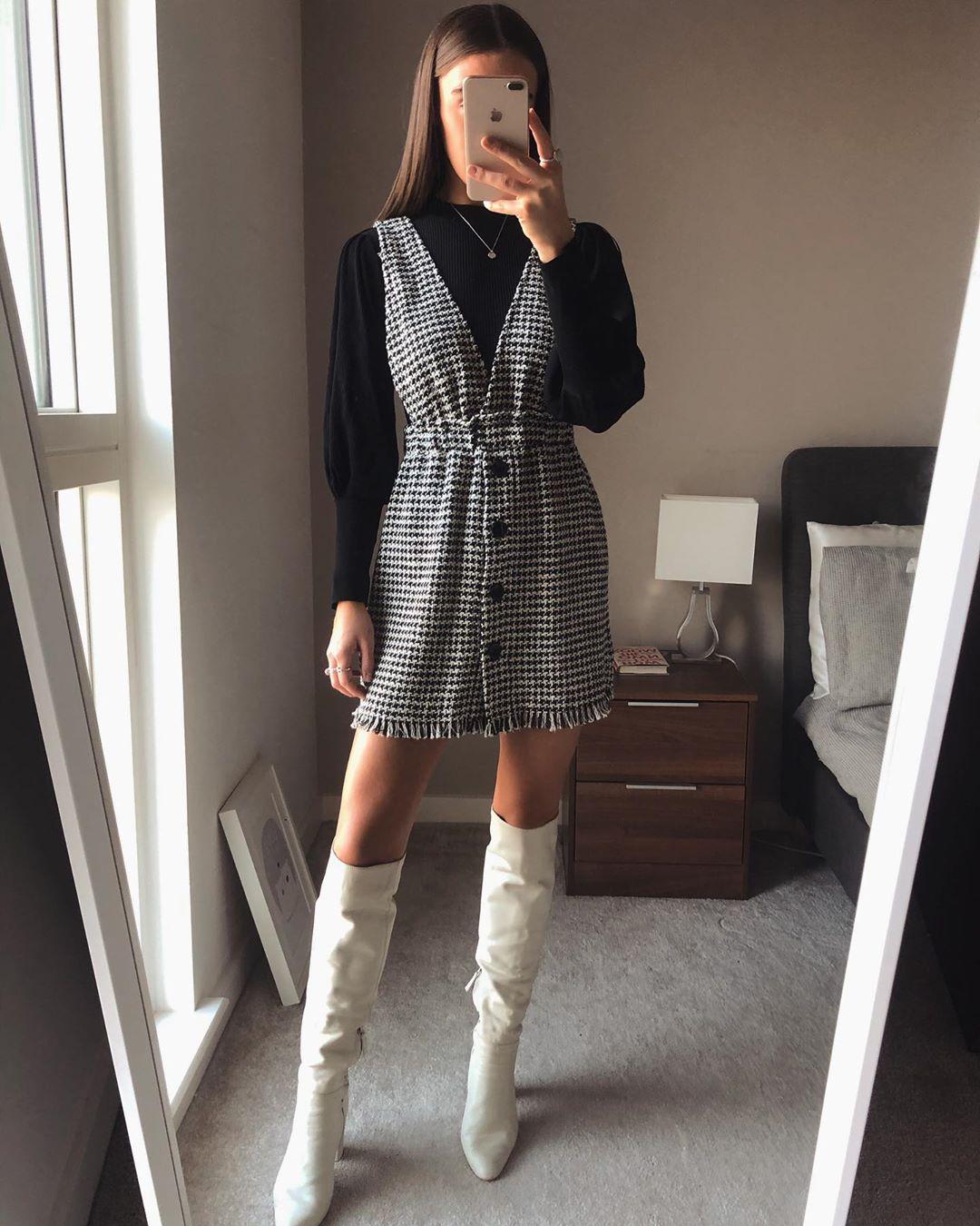 tweed bib overalls dress de Zara sur whatemwore
