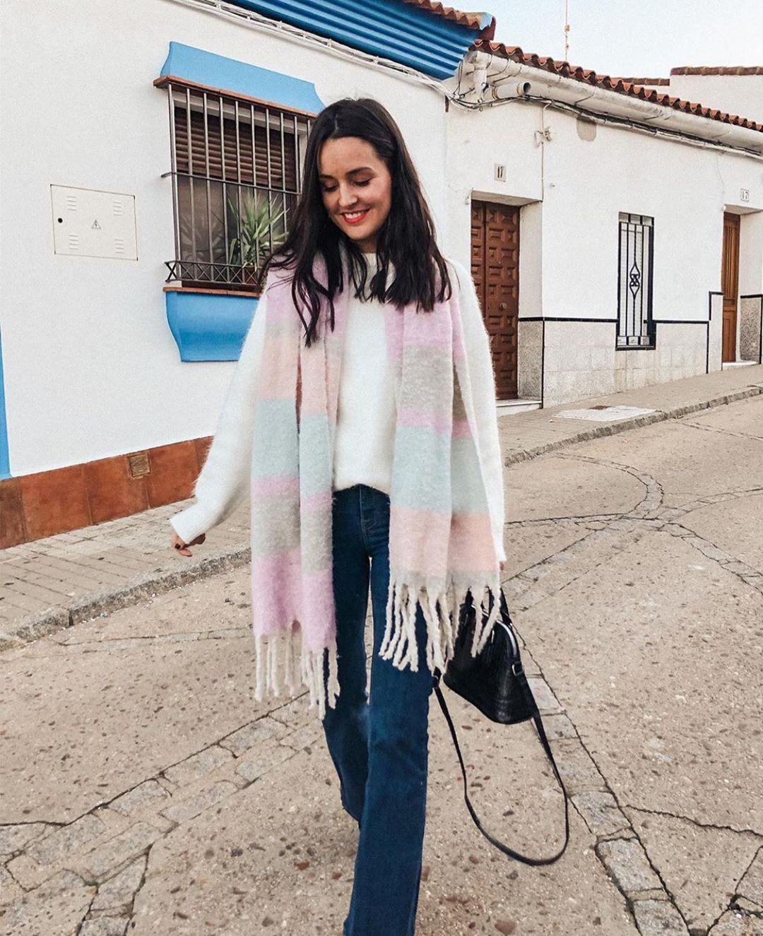 écharpe multicolore à franges de Zara sur zara.outfits