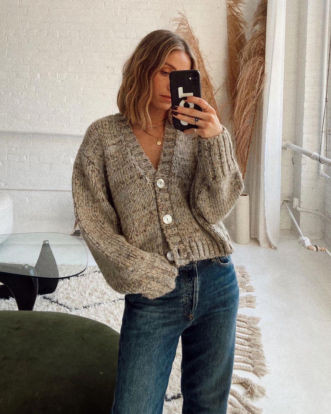 short cardigan with wool de Zara sur theaugustdiaries