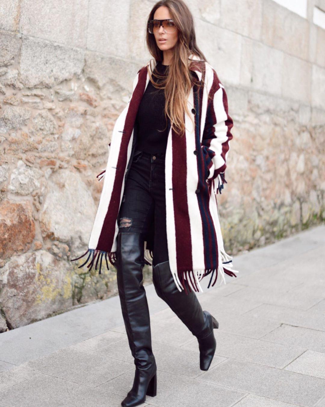 leather knee high boots with geometric heels de Zara sur mariatilve