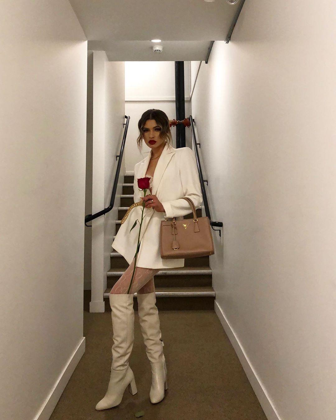 high heeled leather knee high boots de Zara sur vitaliia
