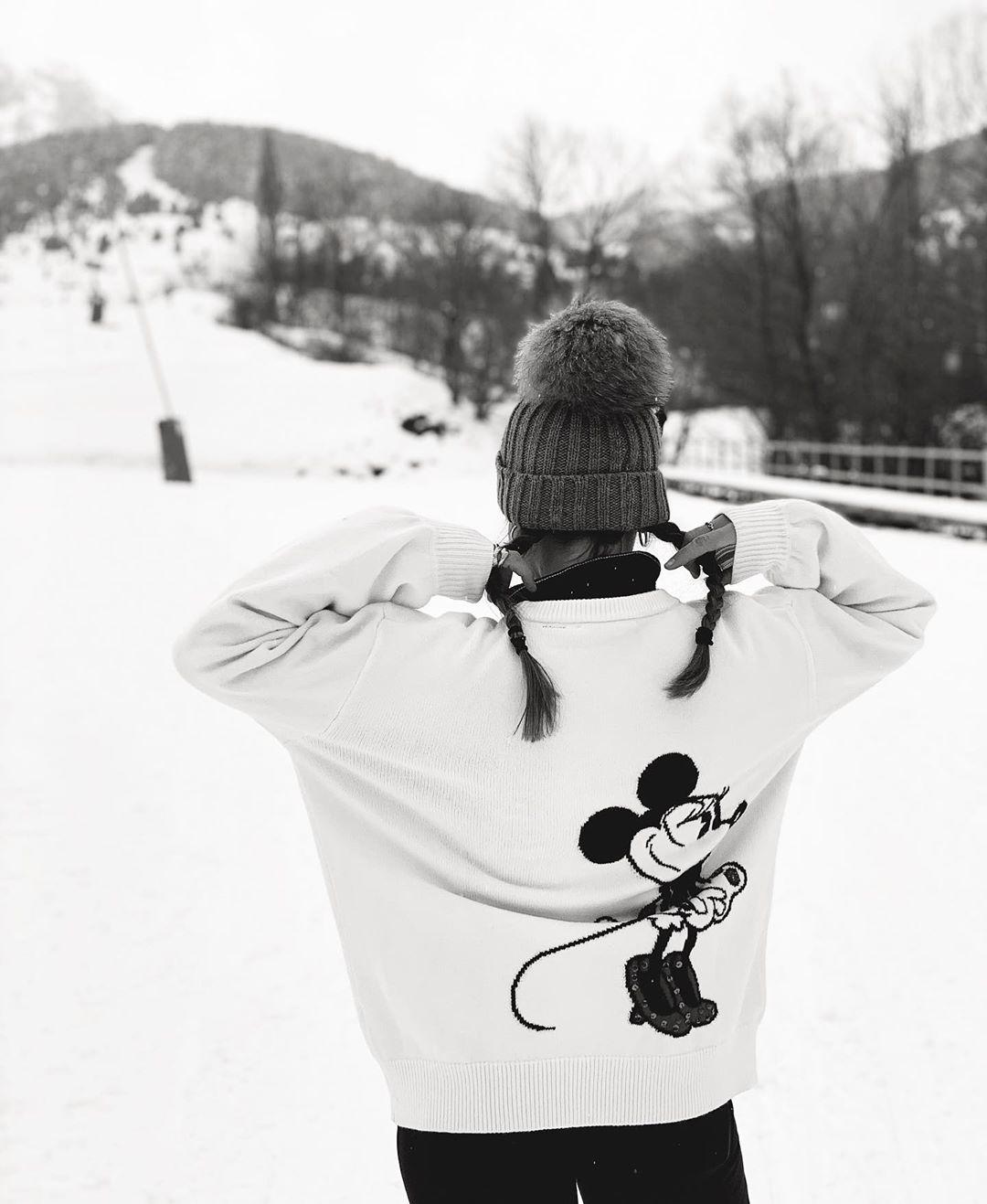 minnie glitter sweater ©disney de Zara sur sandraandarias