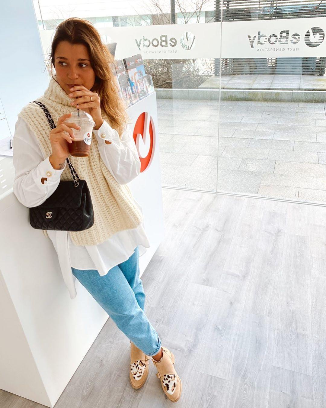 openings vest de Zara sur marianaairess