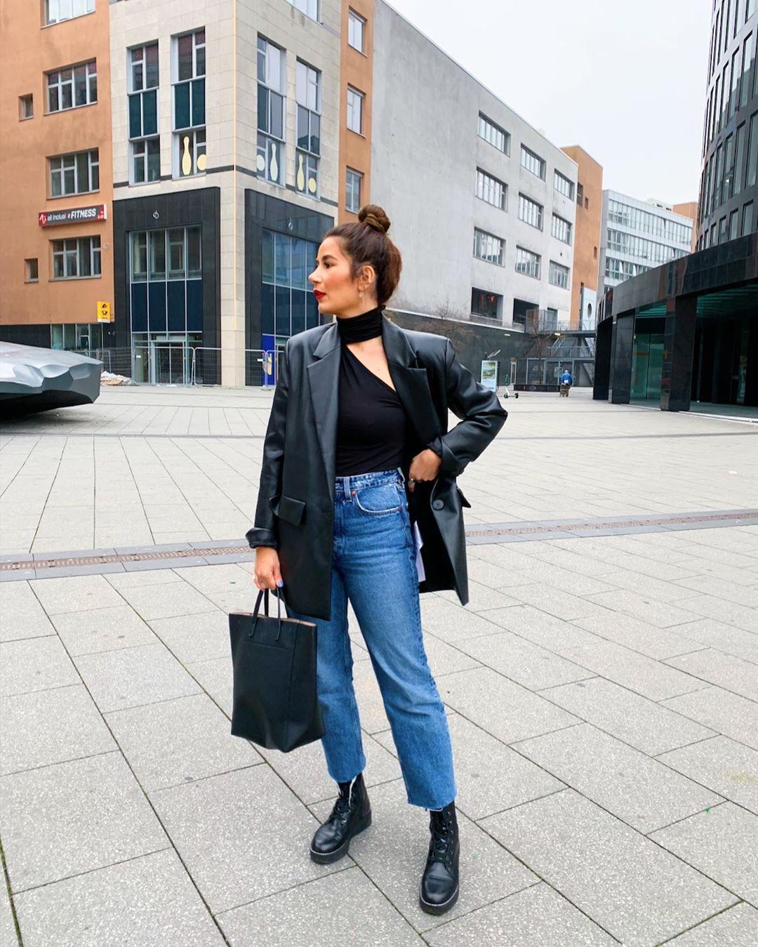 asymmetrical high neck sweater de Zara sur tataass_
